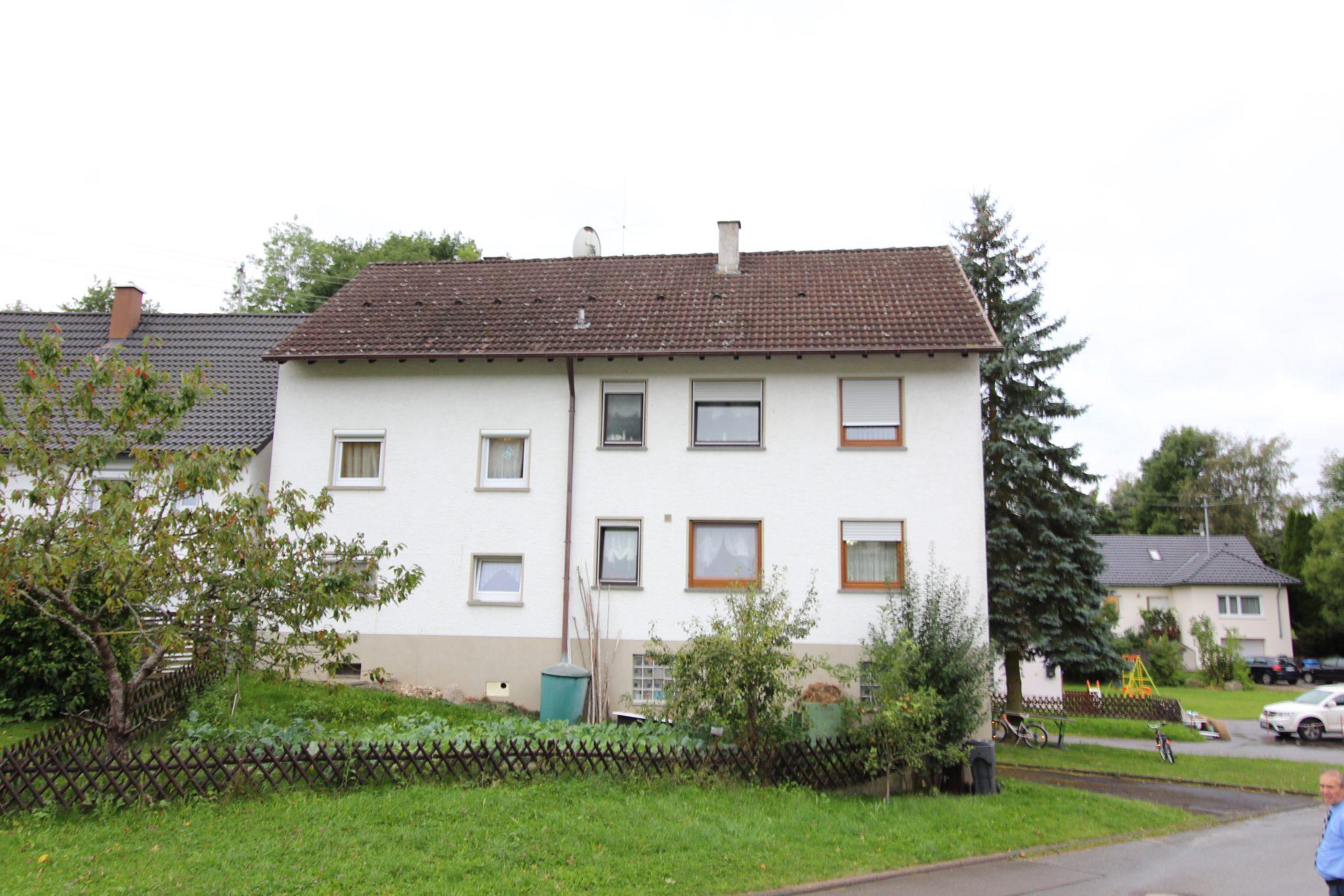 Zweifamilienhaus zu Verkaufen in Schörzingen