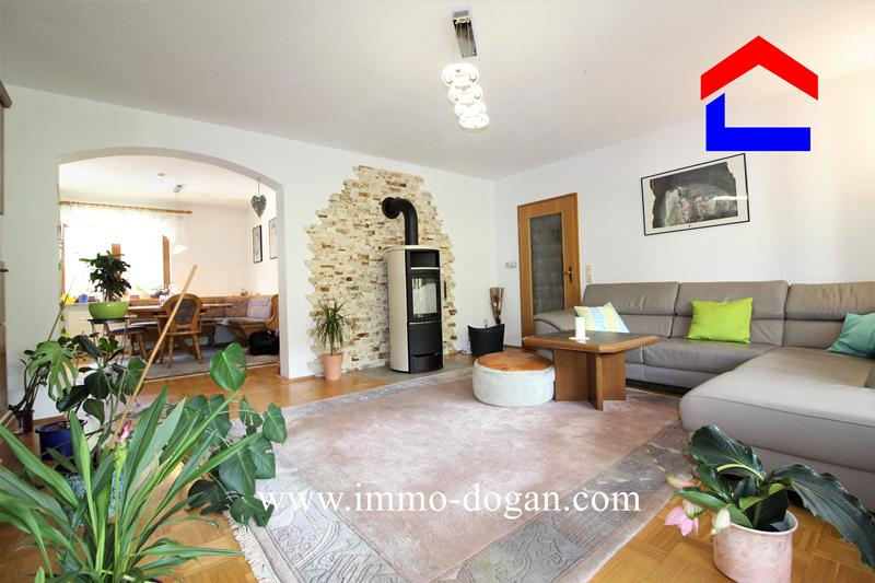 Elegante und großzügige 4 Zimmer Wohnung Immendingen