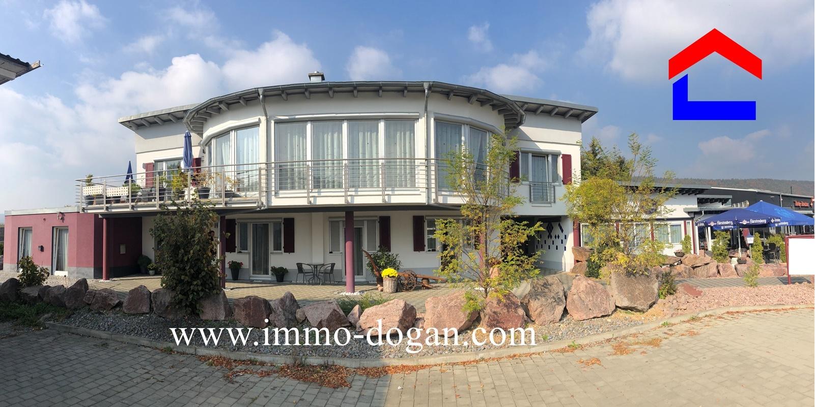 Wohn-und Geschäftshaus mit Restaurant / Pension Stil & Charme.
